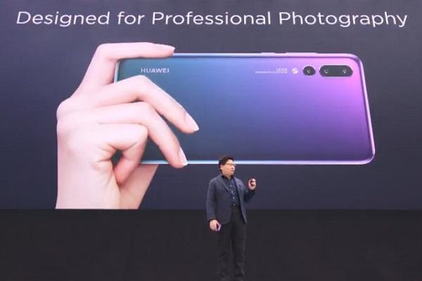 """Vừa lần đầu vượt mặt Apple, Huawei đã công bố tham vọng """"lật đổ"""" Samsung"""
