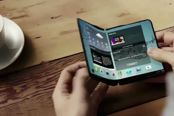 """7 dự đoán về Galaxy X: smarthone gập """"không lâu nữa"""" sẽ ra mắt"""