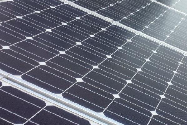 """Năng lượng tái tạo sẽ """"gần như miễn phí"""" vào năm 2030"""