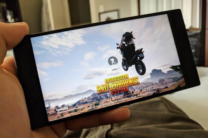 Có nên đổi một chiếc điện thoại chuyên game?