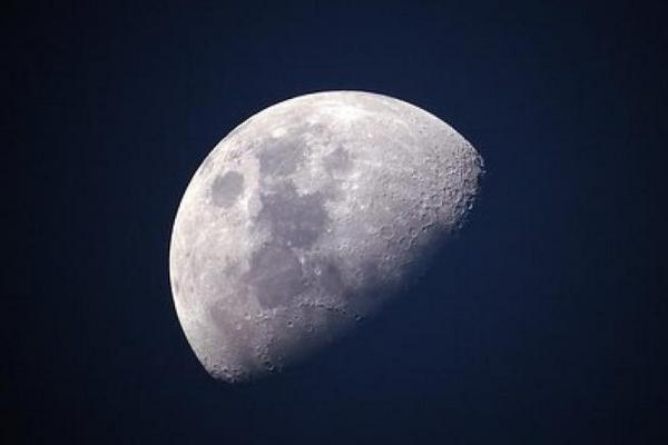 """Trung Quốc sắp trở thành nước đầu tiên khám phá """"vùng tối"""" của Mặt Trăng"""