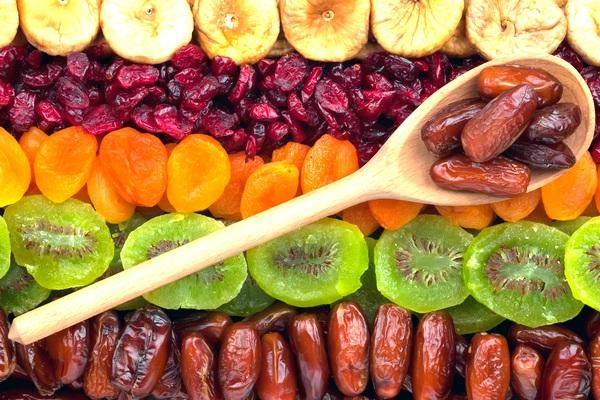 Ăn hoa quả sấy khô có tốt cho sức khỏe hay không?