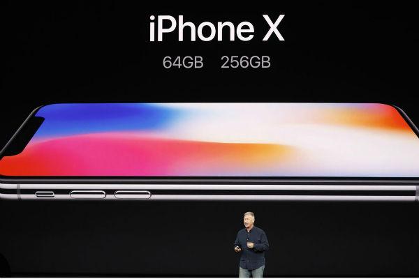 iPhone 2018 sắp ra mắt: Có nên mua iPhone X lúc này?