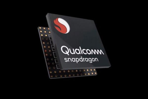 """Intel chính là kẻ """"xui"""" Microsoft đừng chọn CPU ARM cho Surface Go"""