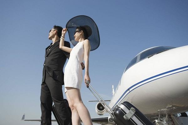 Phụ nữ có thể nhận ra đàn ông giàu chỉ sau vài giây