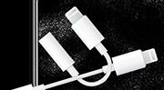 Thiết kế tồi tệ của Apple và cách phụ kiện đáng ghét nhất trở thành món hàng bán chạy nhất