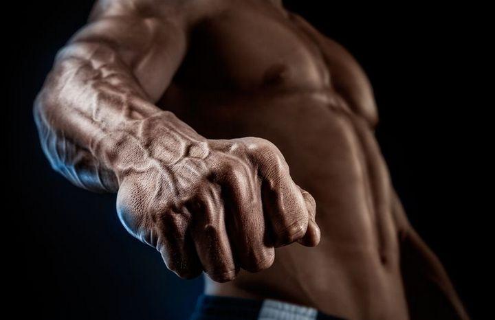 Kết quả hình ảnh cho tinh binh mạnh yếu cơ bắp