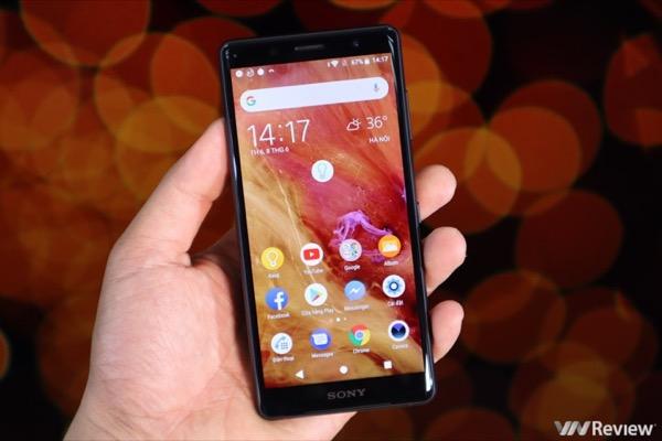2018 là dấu chấm hết cho smartphone màn hình nhỏ?