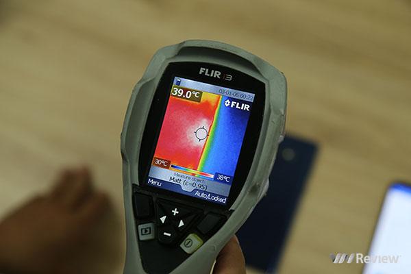 Thử tản nhiệt của Samsung Galaxy Note 9: tản nhiệt nước thế hệ mới có hiệu quả?