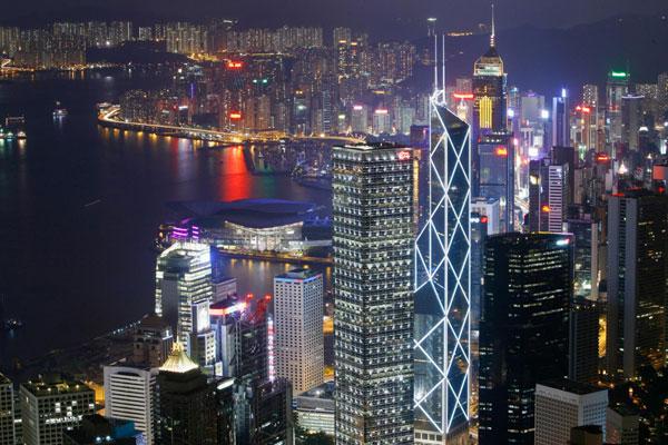 """Tránh ra đi New York: Hồng Kông trở thành thành phố sở hữu nhiều """"siêu đại gia"""" nhất"""