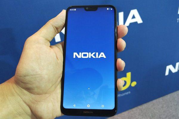 """HMD Global phải bỏ tùy chọn """"ẩn"""" tai thỏ trên smartphone Nokia chỉ vì Google ra lệnh"""