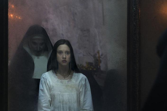 Đánh giá phim The Nun (Ác quỷ ma sơ): ồn ào nhưng nhạt nhẽo