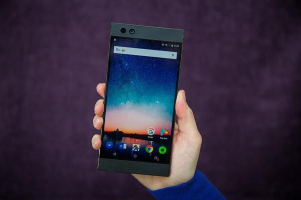 Razer Phone 2 lộ diện trên AnTuTu: Snapdragon 845, 8GB Ram và 512GB bộ nhớ trong