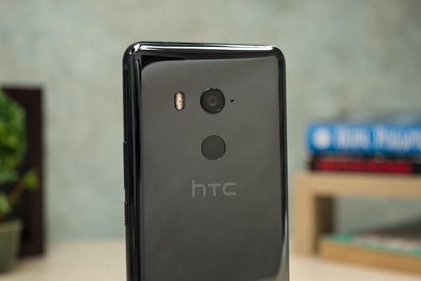 Chiếc flagship của HTC sẽ sở hữu con chip Snapdragon 855 và hỗ trợ 5G