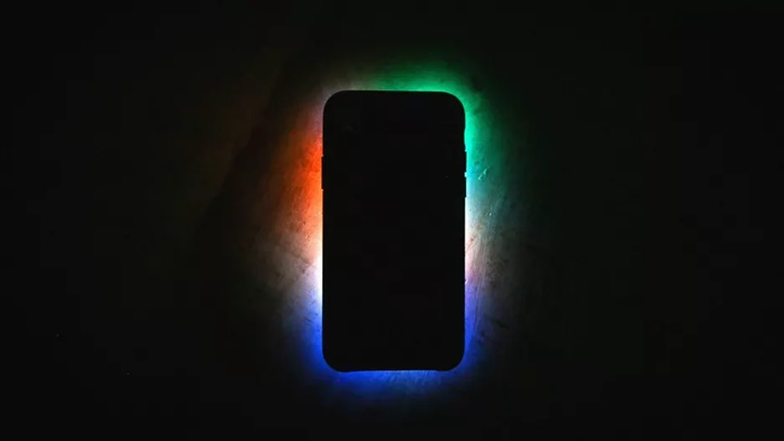 Tại sao Apple không tiếp tục giữ bí mật được nữa?