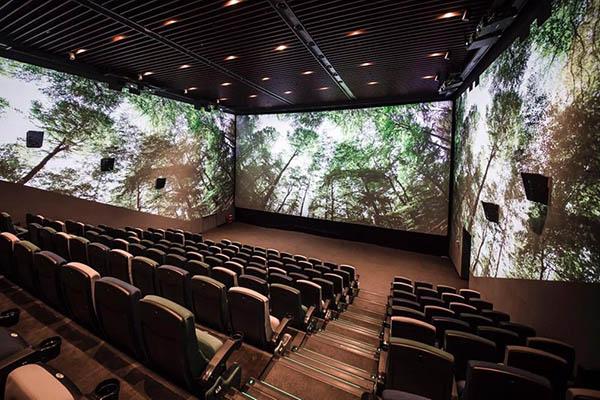 Các rạp phim (và chúng ta) vẫn chưa sẵn sàng cho ScreenX