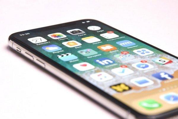 iPhone X bán được 60 triệu máy sau 10 tháng ra mắt, vẫn thua iPhone 6/6 Plus