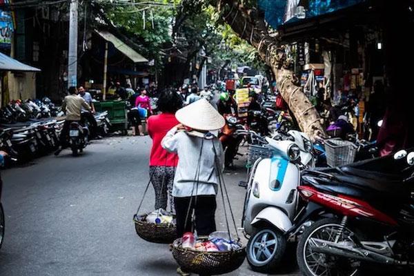 Thương mại điện tử Việt Nam đang bị chi phối bởi những ông lớn nào?