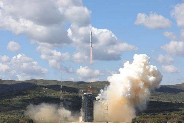 """Trung Quốc """"thề thốt"""" chỉ phóng vệ tinh để giám sát đại dương, liệu có đáng tin?"""