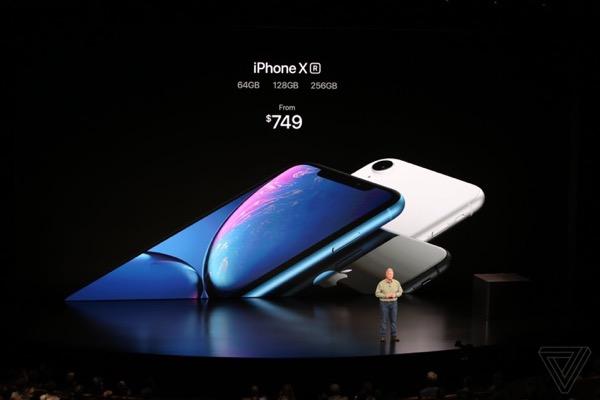 Apple ra mắt iPhone XR: màn LCD 6.1 inch, A12 Bionic, 6 màu, giá từ 749 USD