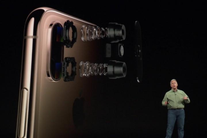 """Bóc mẽ 7 tuyên bố đậm chất """"nói phét"""" về camera iPhone XS của Apple đêm qua"""