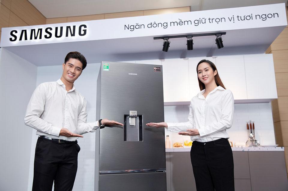 Samsung ra mắt tủ lạnh ngăn đá dưới đầu tiên tại Việt Nam, giá từ 9,8 triệu đồng