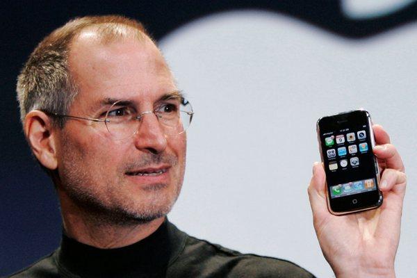 Nếu Steve Jobs còn sống, liệu iPhone XS Max với màn hình 6.5 inch có thể tồn tại không?