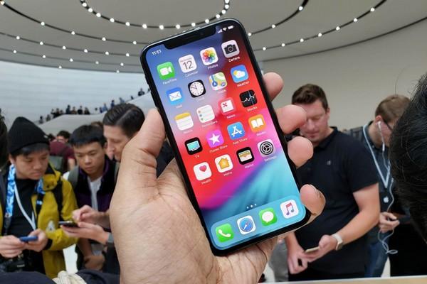 """""""Thầy phán"""" Ming-Chi Kuo dự đoán iPhone XS Max, XR và Apple Watch mới sẽ bán chạy"""