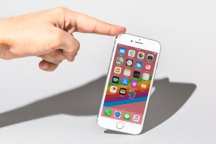 6 lý do vẫn nên mua iPhone 8 thay vì iPhone XS