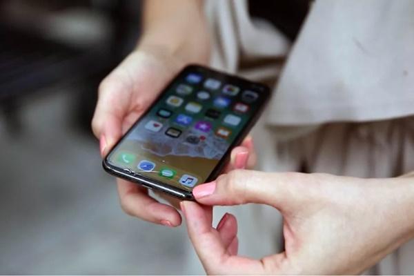 Apple khẳng định tốc độ bảo hành iPhone vỡ màn hình đang nhanh hơn bao giờ hết
