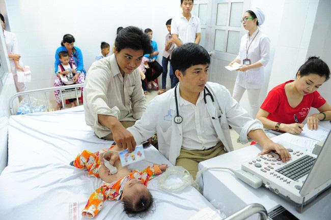 Tầm soát bệnh tim bẩm sinh bằng công nghệ 4.0 tại An Giang