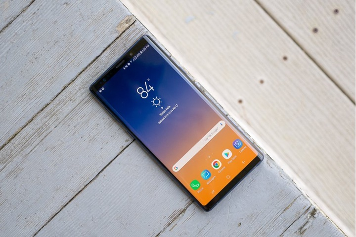 Smartphone màn hình gập Galaxy F của Samsung sẽ không có kính Gorilla Glass bảo vệ