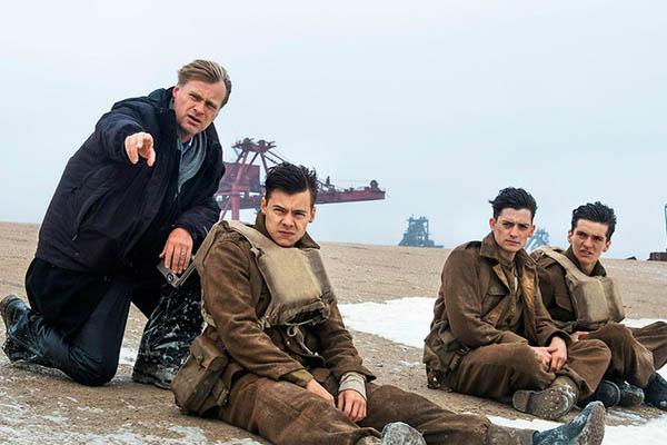 Đạo diễn danh tiếng Christopher Nolan khó chịu vì cách TV phá hỏng trải nghiệm của người xem với phim của mình