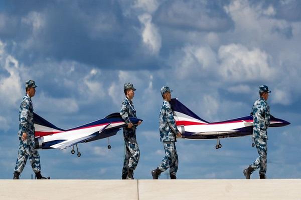 """Không lực giả mạo: Trung Quốc và lực lượng không quân toàn """"hàng nhái"""""""