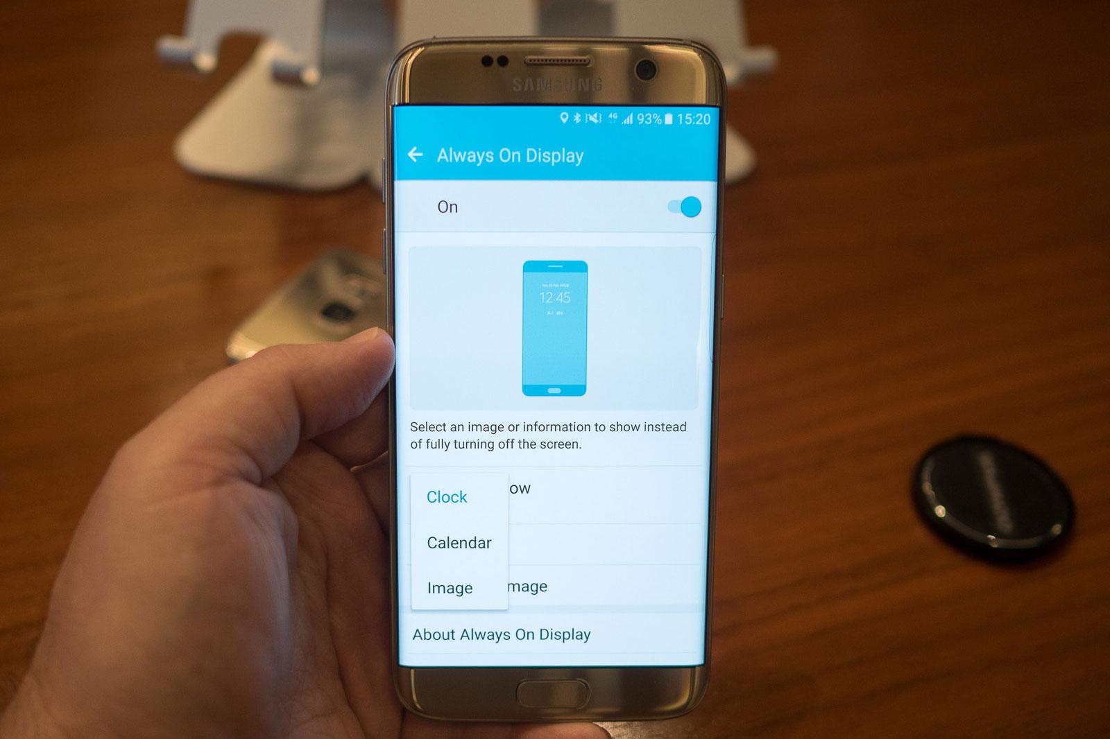 Galaxy S7 Edge bất ngờ bốc cháy sau khi bị đơ và tự sập nguồn