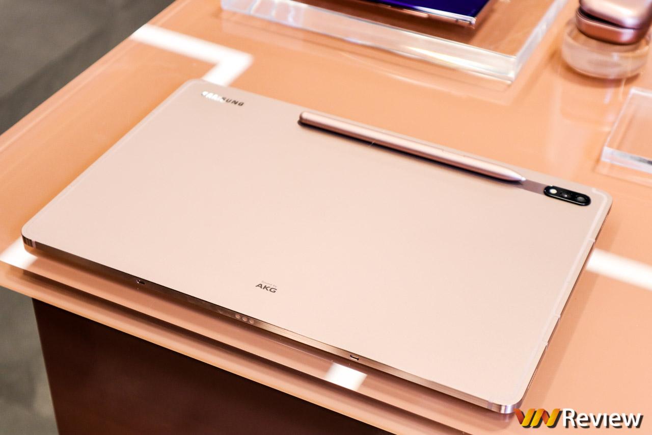 Đánh giá nhanh Lenovo Tab 4 8: tablet dưới 4 triệu đồng có loa kép, thiết kế lạ