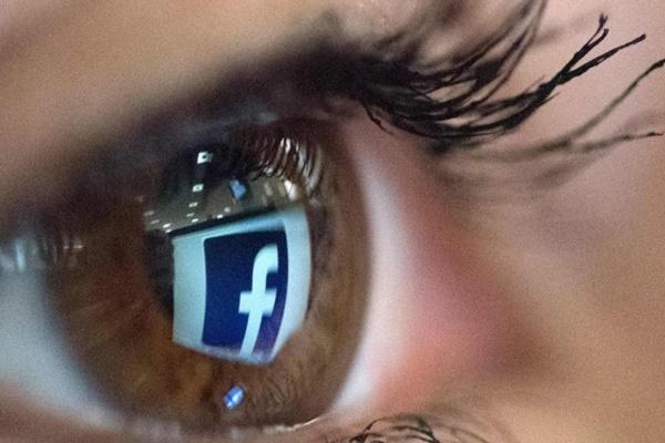 """Nhân viên kiểm duyệt nội dung kiện Facebook vì bị rối loạn tâm lý do xem quá nhiều video, ảnh """"xấu"""""""
