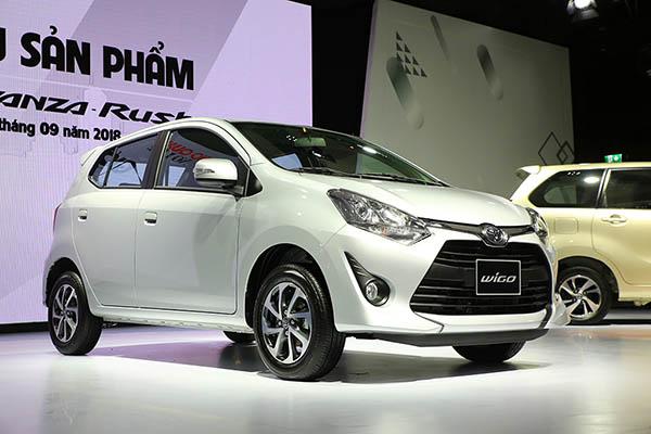 Toyota cùng lúc ra mắt bộ ba xe Rush, Wigo và Avanza tại Việt Nam