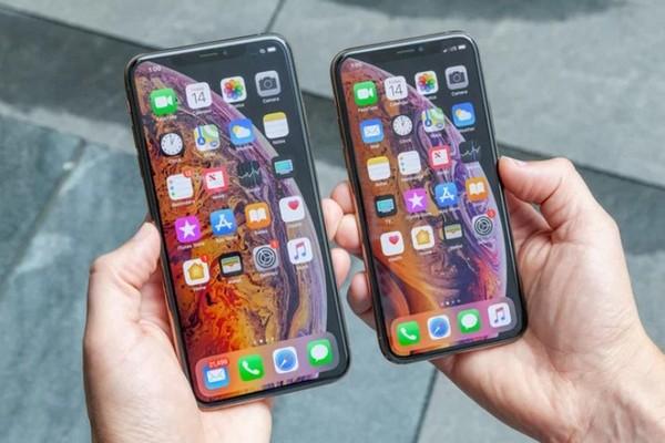 """Tom's Guide: Thời lượng pin thực tế của iPhone XS/XS Max vẫn còn """"kém xa"""" flagship Android"""