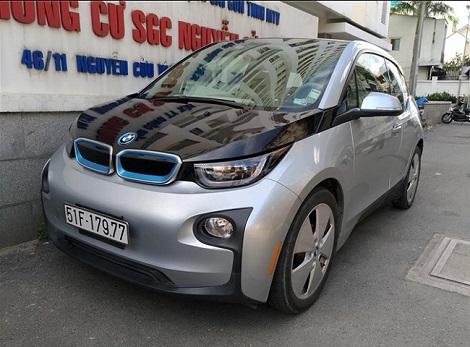 BMW i3 độc nhất Việt Nam tái xuất trên phố Sài Gòn