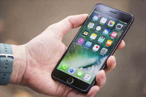 Vì sao nên mua iPhone 7, 7 Plus vào lúc này thay vì iPhone XR, XS hay XS Max?