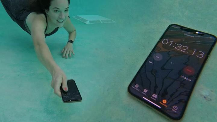 iPhone XS và các thử nghiệm với nước