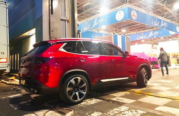 Nóng: 2 chiếc xe VinFast đã có mặt, sẵn sàng ra mắt tại Paris Motor Show 2018