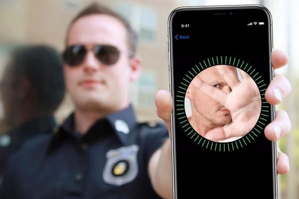 Lần đầu tiên cảnh sát buộc nghi phạm phải mở khóa iPhone bằng Face ID