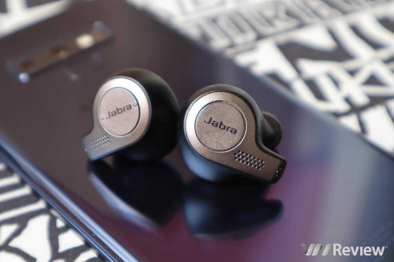 Đánh giá tai nghe không dây true wireless Jabra Elite 65t: tai thể thao đeo rất fit, chất âm cân bằng