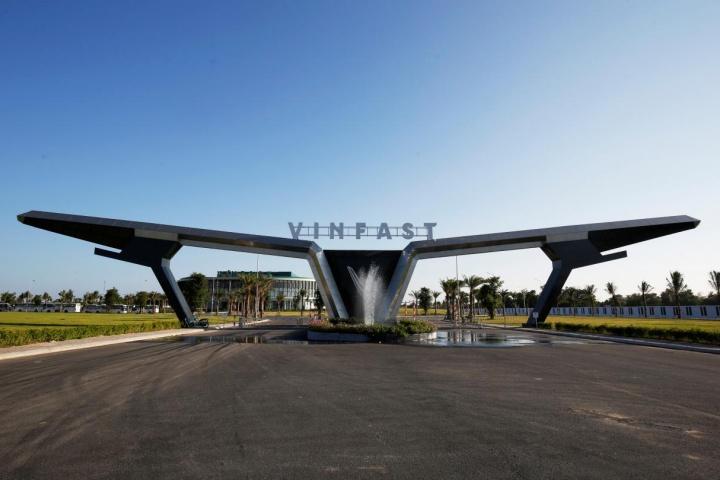 Ôtô VinFast nếu nhắm vào phân khúc cao cấp sẽ không dễ