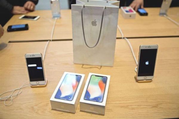Apple sẽ đối mặt vấn đề rất lớn về giá iPhone nếu chuyển sang công nghệ 5G