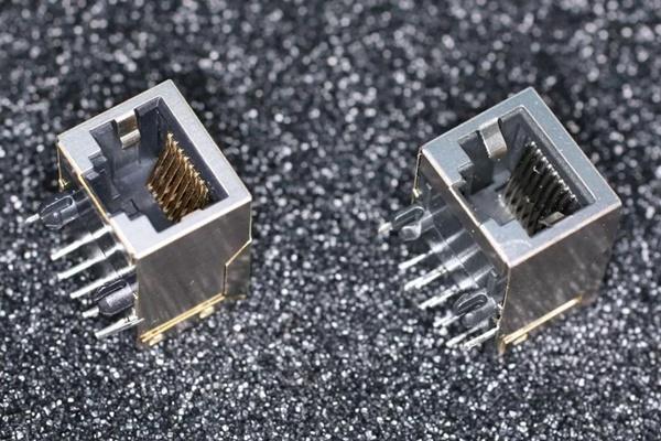 Bloomberg tung bằng chứng mới vụ Trung Quốc cài chip gián điệp công ty công nghệ Mỹ