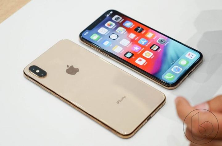iPhone 2 camera của Apple trở thành đối tượng của vụ kiện bằng sáng chế mới