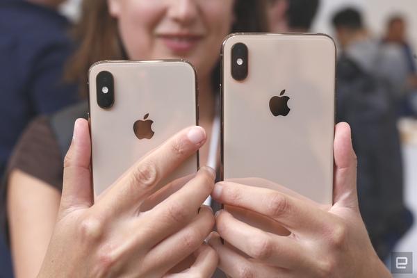 iPhone 2019 có kích thước tương đương iPhone năm nay nhưng tai thỏ sẽ nhỏ hơn?